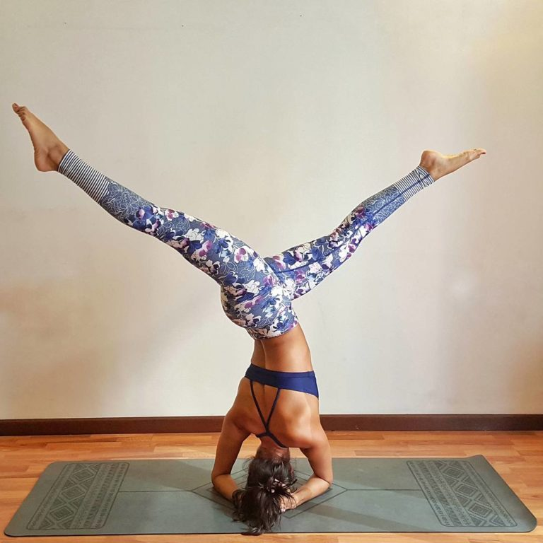 Yogi Bare ® Paws - Natural Rubber, Extreme Grip Yoga Mat Grey