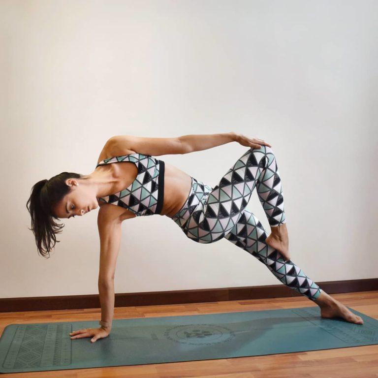Yogi Bare ® Wild Paws - Natural Rubber, Extreme Grip Light Yoga Mat